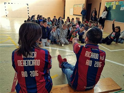 El Levante UD visita el CEIP San Juan Bautista | TORRENT ...