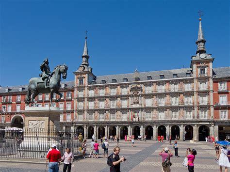 El Madrid de los Austrias - Wikipedia