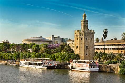 El mejor fin de semana en Sevilla viajando en tren AVE ...