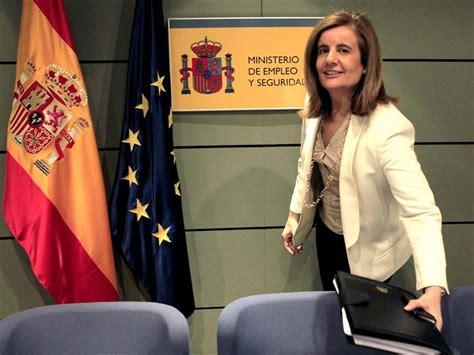 El Ministerio de Báñez gasta 630.135 euros en muebles