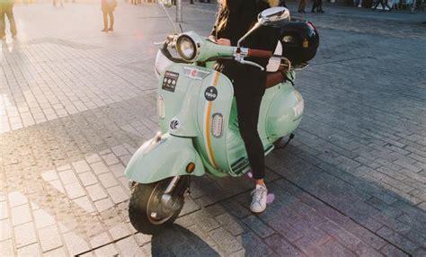 El moto sharing eléctrico se consolida en Barcelona con Yugo