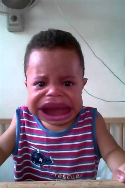 El niño llora feo   YouTube
