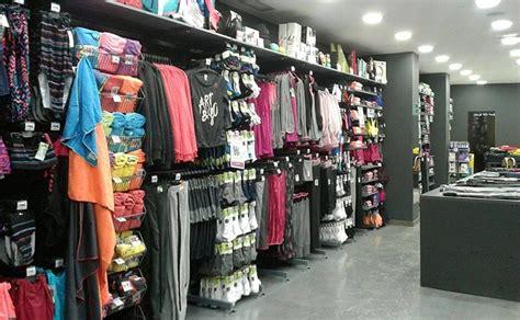 El nuevo formato de tiendas Decathlon crece en las ...