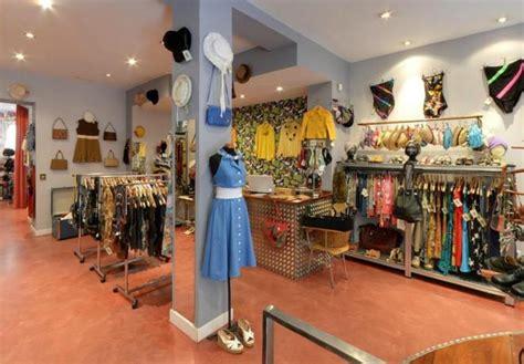 El número de tiendas de ropa aumenta en España por primera ...