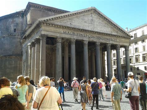 El Panteón de Agripa o Panteón de Roma. Templo de planta ...