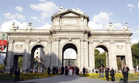 El Papa ha recibido las llaves de la ciudad de Madrid de ...