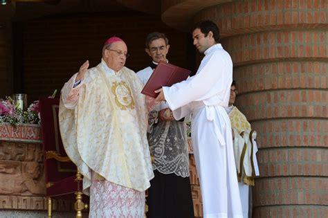 El Prelado del Opus Dei en Torreciudad. - Cartas al Director