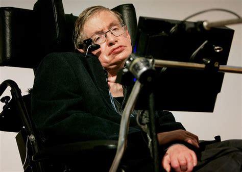 El Premio Nobel Stephen Hawking murió hoy en su residencia ...