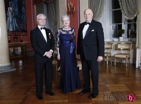 El Rey Harald de Noruega con el Rey de Suecia y la Reina ...