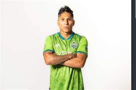 El Seattle Sounders presenta a Raúl Ruidíaz como su ...