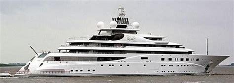 El 'Topaz', uno de los yates más lujosos del mundo hace ...