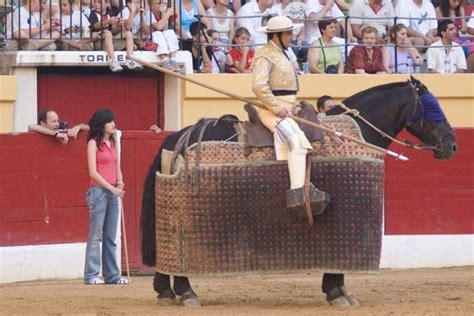 El toreo del monosabio   Federación Taurina de Valladolid
