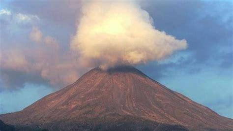 El volcán de Fuego en Guatemala entra en erupción por ...