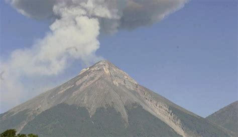 El Volcán de Fuego hace erupción en Guatemala ...