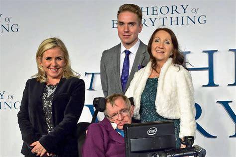 En fotos: Ellos son los tres herederos de Stephen Hawking ...