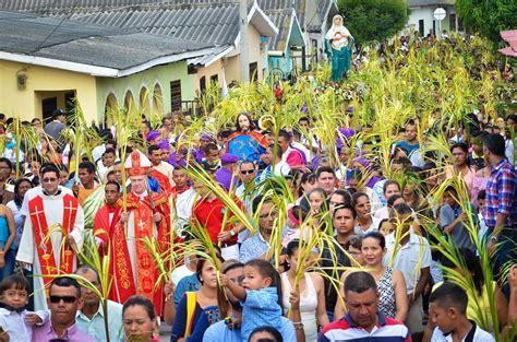 En imágenes | Así se celebró el Domingo de Ramos en ...