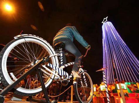 Encienden Bici-árbol navideño en Polanco | ABILIA I Blog I ...