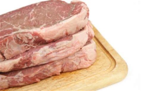 Encontramos dos grandes grupos de carnes, rojas y blancas ...
