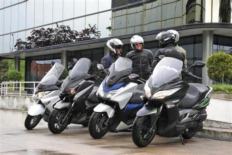 Enfrentamos a las principales scooter japoneses de 125 cc ...
