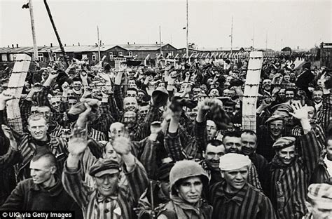 Enraged American soldiers executed 50 Nazis at Dachau ...