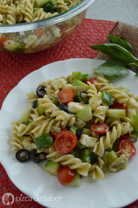Ensalada italiana de pasta  fácil y deliciosa