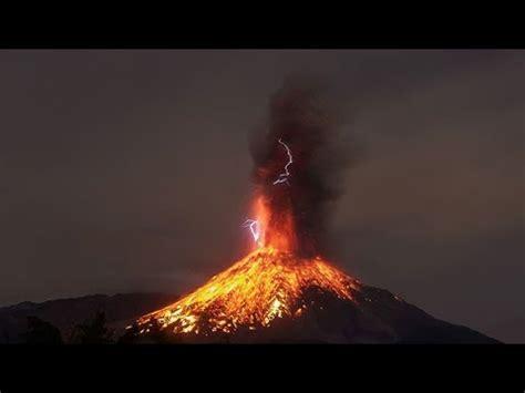 Entra en erupción el 'volcán de Fuego' en Guatemala | Doovi