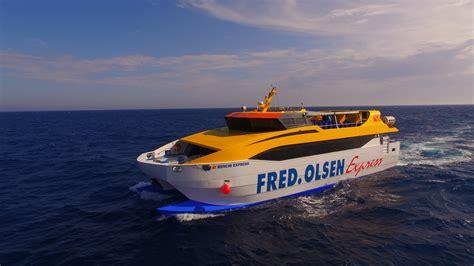Entrega de la embarcación Benchi Express de la compañía ...