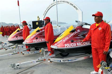 Entregan nuevas motos acuáticas a Unidad de Salvamento PNP ...
