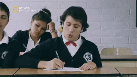 ¡Época de Exámenes! 48-Gifs | Gifmaniacos.es