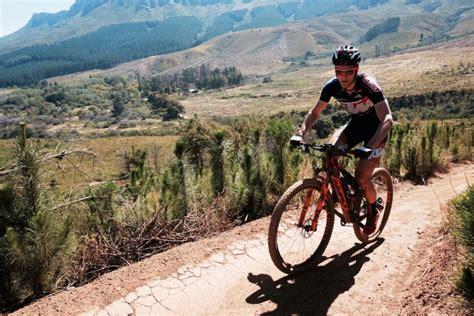 Equipo KTM Pro Team en la Top-ten de etapa en la Cape Epic ...
