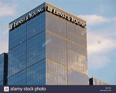 ERNST AND YOUNG OFFICE BLOCK BUILDING EXHIBITION STREET ...