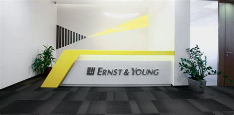 Ernst & Young Walk in Drive for EMS  Engagement Management ...