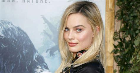¿Es ella?: Margot Robbie apareció luciendo semicalva y con ...