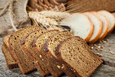 ¿Es realmente más saludable el pan de trigo integral que ...
