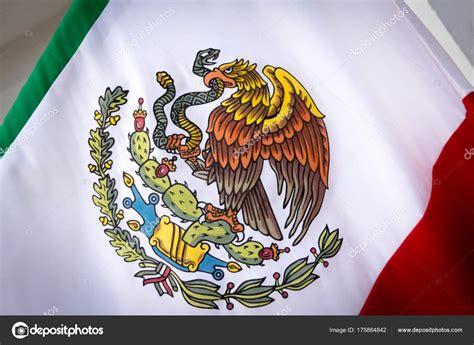 escudo nacional de mexico fotografía del escudo nacional ...