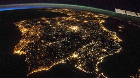 España, el mayor foco de contaminación lumínica de la UE ...