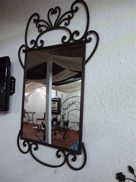 Espejos Decorativos De Metal   $ 2,350.00 en Mercado Libre