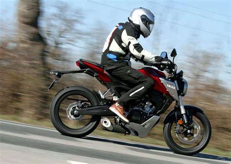Essai Honda CB125R 2018   Motostation