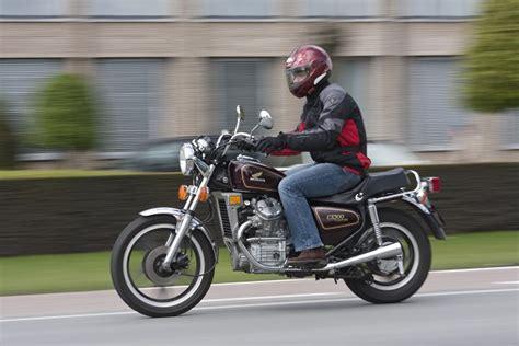 Essai moto classique : Honda CX 500 C, la besogneuse ...