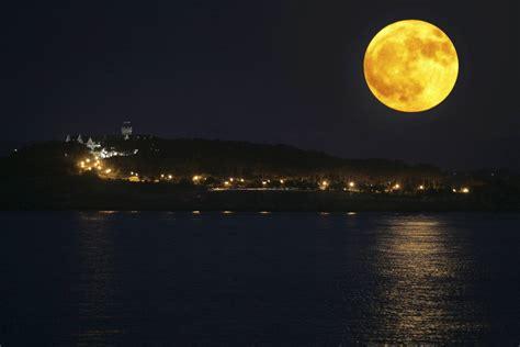 ¡Esta noche no te pierdas la luna llena de agosto!