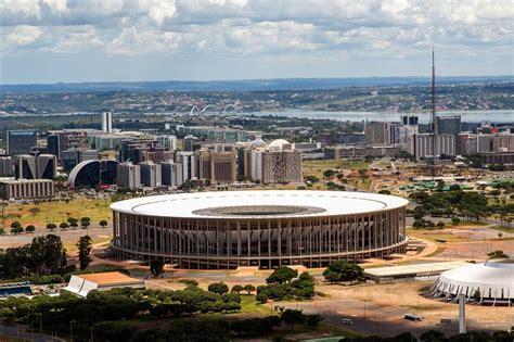 Estadios de los mundiales de futbol de la FIFA: Avances ...