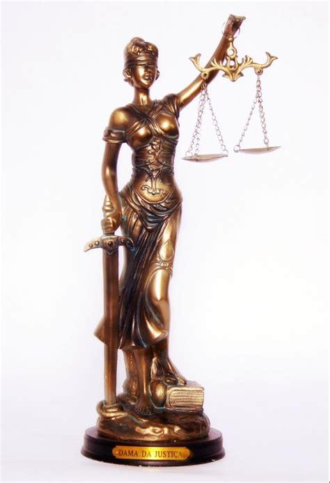 Estátua Deusa Da Justiça Dama Símbolo Direito Themis   15 ...