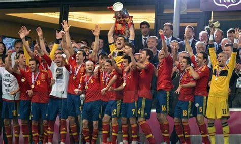 Eurocopa 2012 | España 4-0 Italia | España ningunea a ...