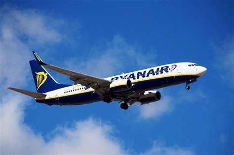 EX YU Aviation News: Ryanair to Montenegro   take two