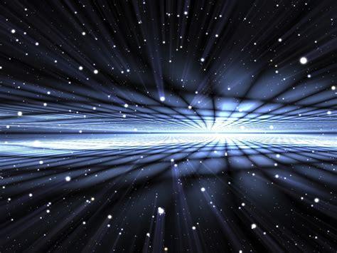 ¿Existe un universo espejo donde el tiempo se mueve hacia ...