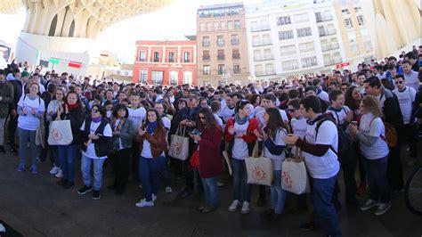 Éxito de público en la gymkhana de Pasión en Sevilla