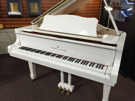 Exquisite White Baby Grand Piano Of Used Young Chang Snow ...