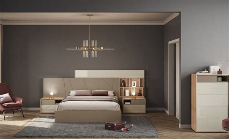 Exquisito dormitorio de matrimonio. Excelente diseño ...