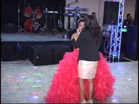 Extraño baile en boda mexicana   Doovi