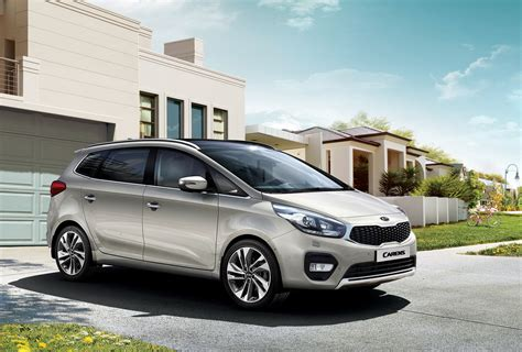Facelifted Kia Carens Unveiled, Goes On Sale This Year ...